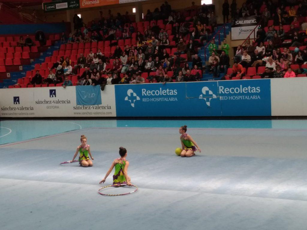Competición de gimnasia infantil en el pabellón Huerta del Rey
