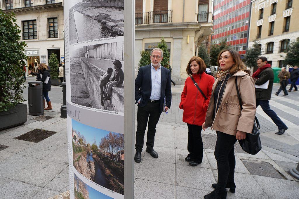 """La calle Santiago acoge la exposición """"Obras de ingeniería, obras de todos"""""""
