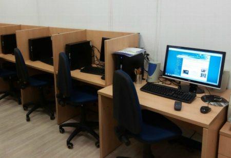 San Andrés contribuirá a la formación de los alumnos  de la especialidad en Sistemas Microinformáticos con prácticas en el Aula de Nuevas Tecnologías